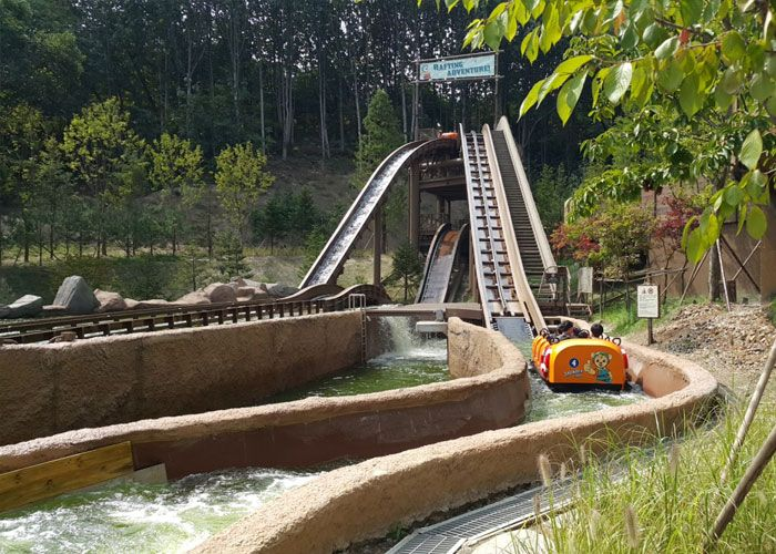 thunder falls everland resort korea