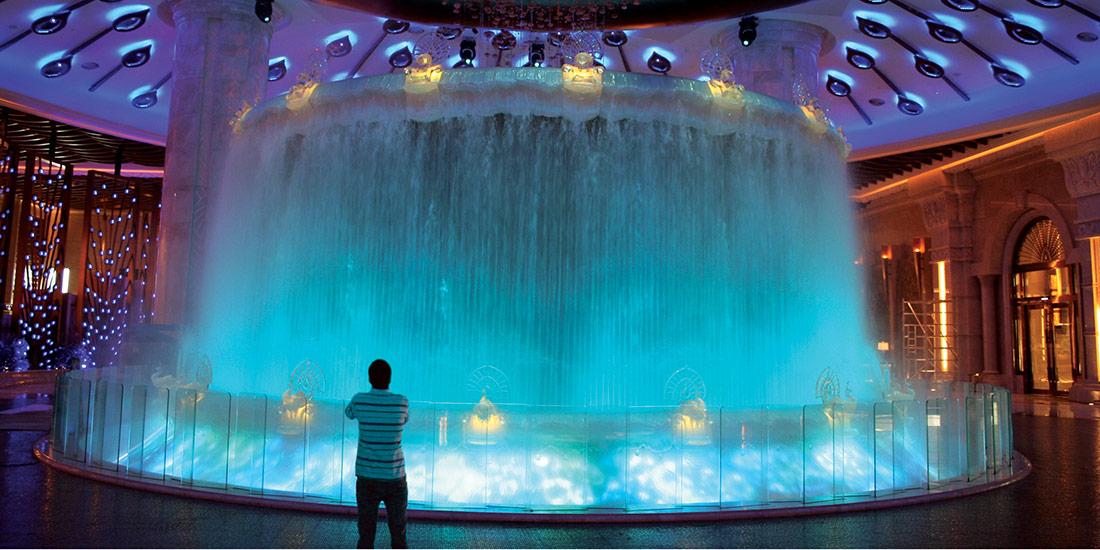 Iconic Lobby Feature Galaxy Macau