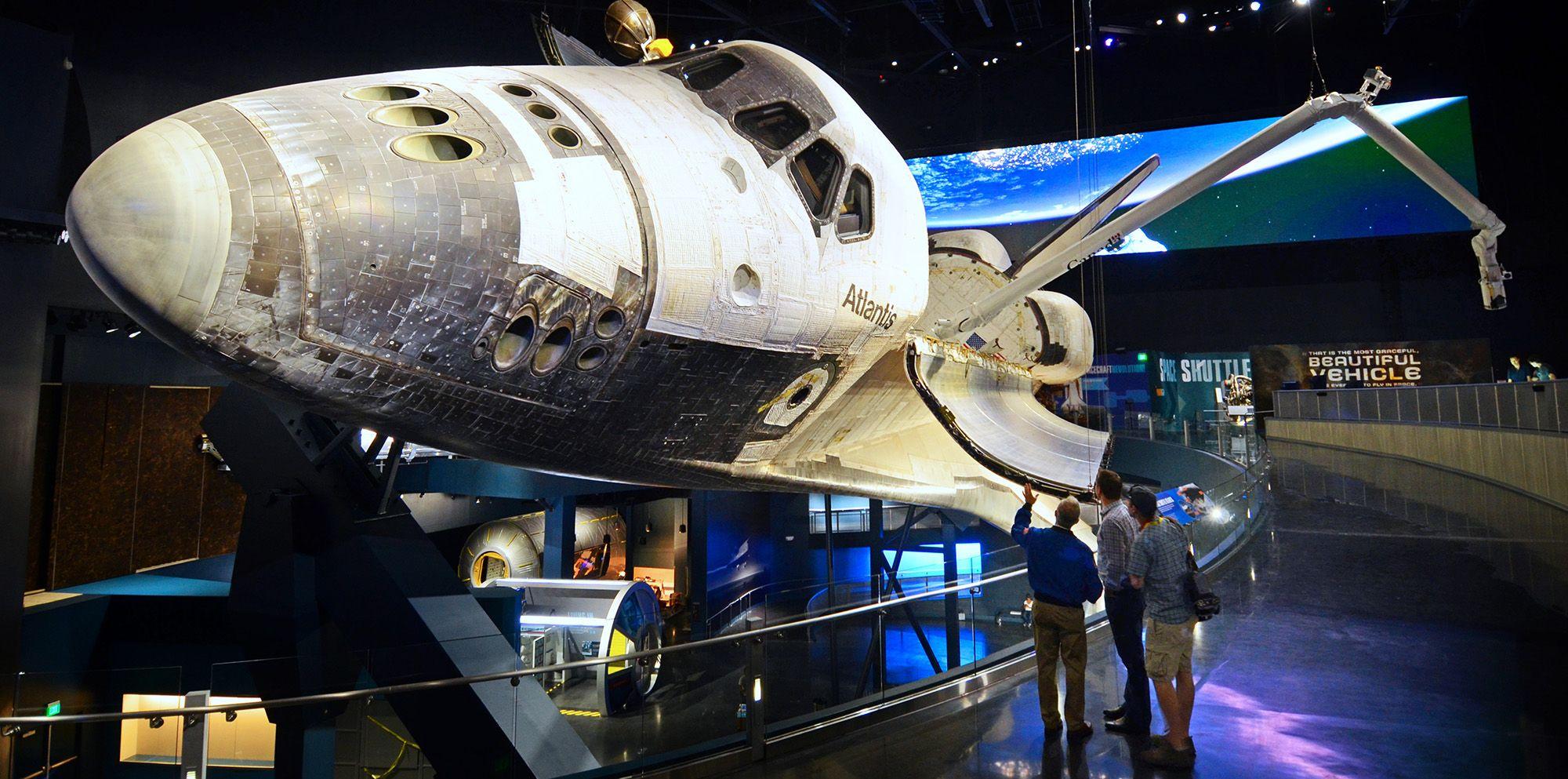 PGAV Destinations Space Shuttle