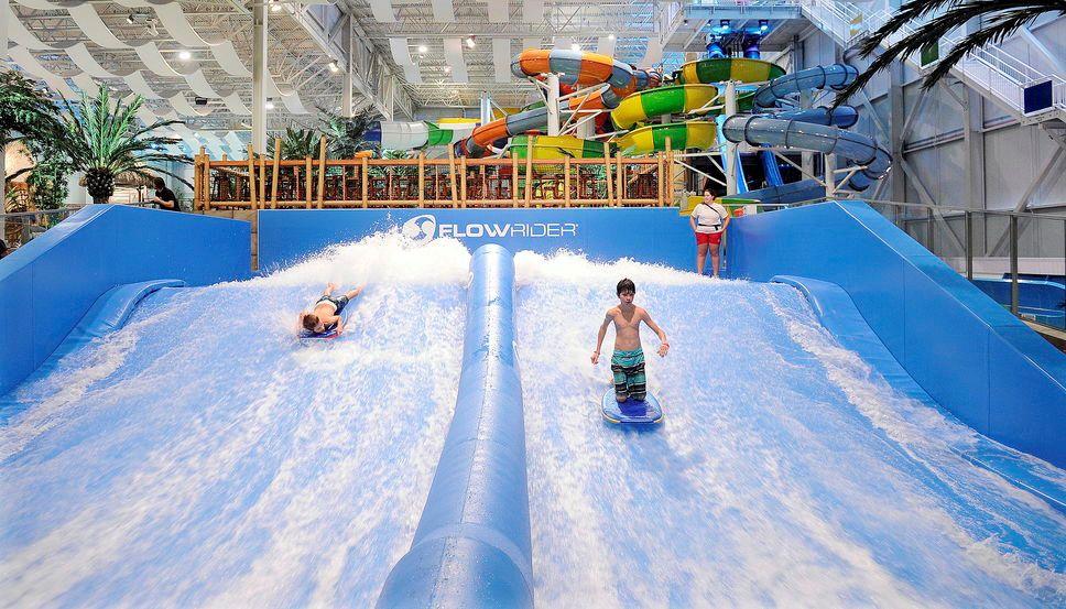 ADG Bora Parc indoor waterpark Village Vacances Valcartier Resort