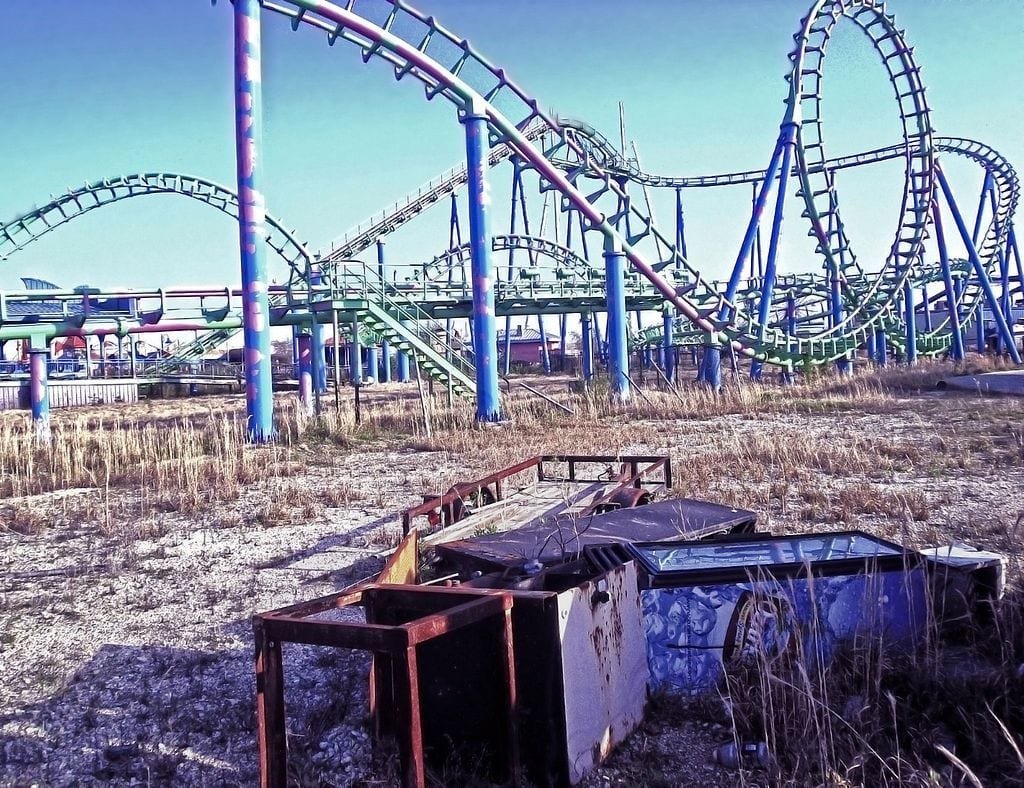 ruined jester rollercoaster at six flags new orelans