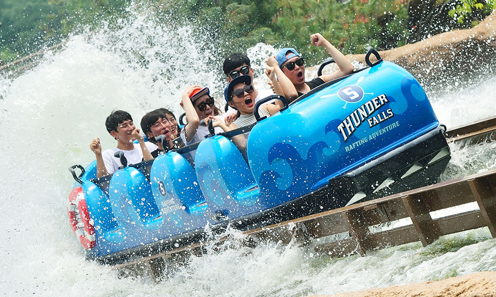 Super Flume at Everland Theme Park, number 14 on our list of the world's top theme parks of the decade