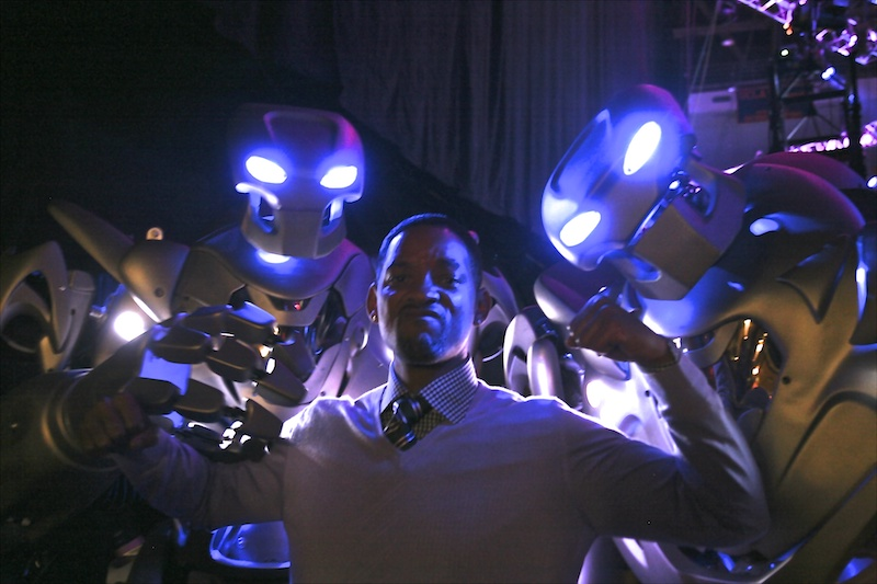 TITAN the robot and Will Smith