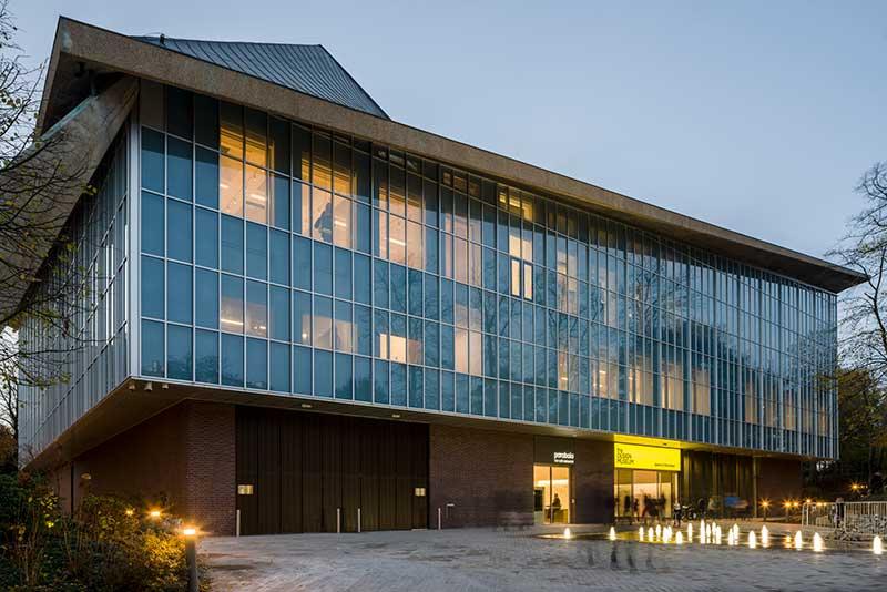 Design-Museum-Gareth-Gardiner-evening