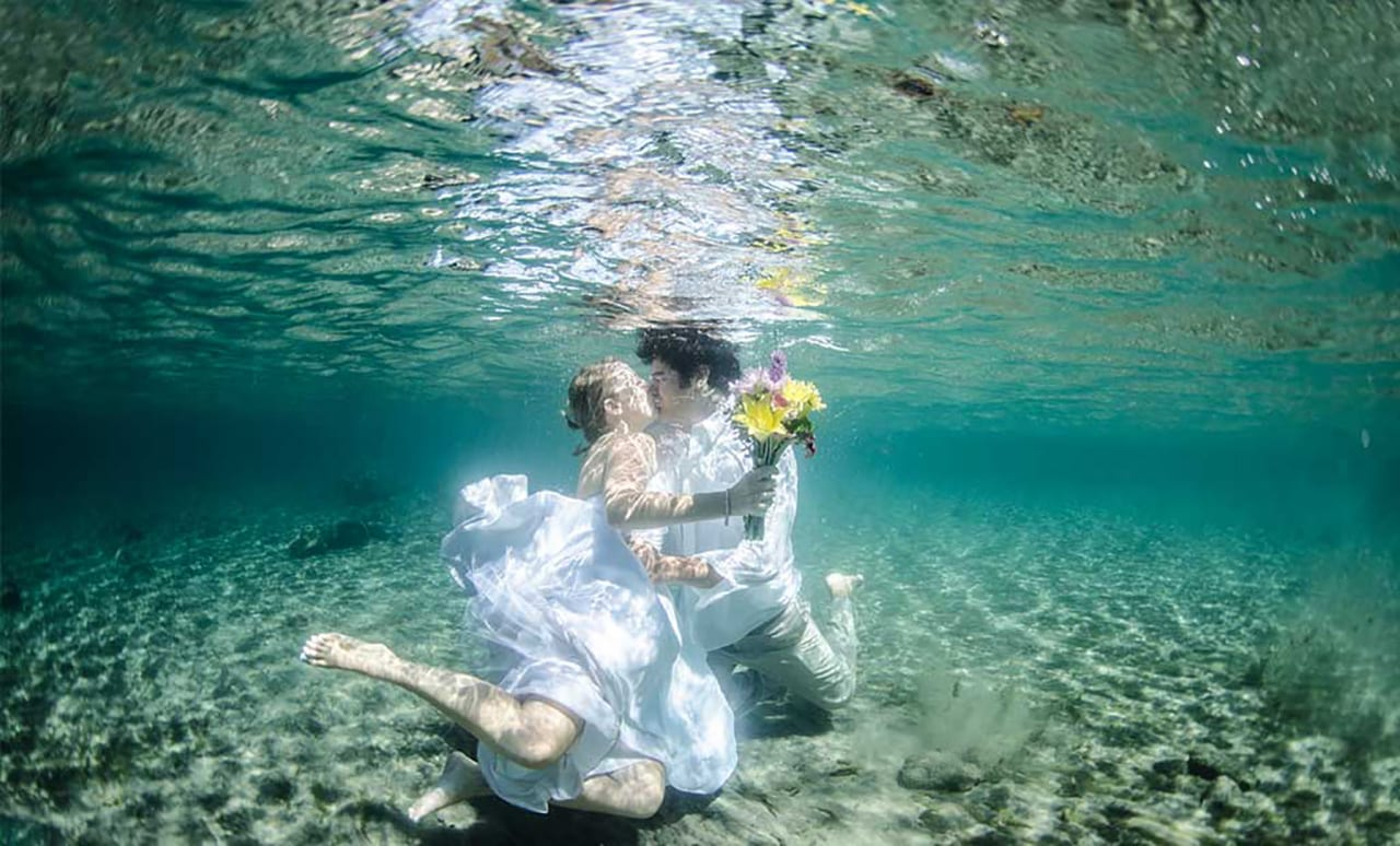 thailand-underwater wedding