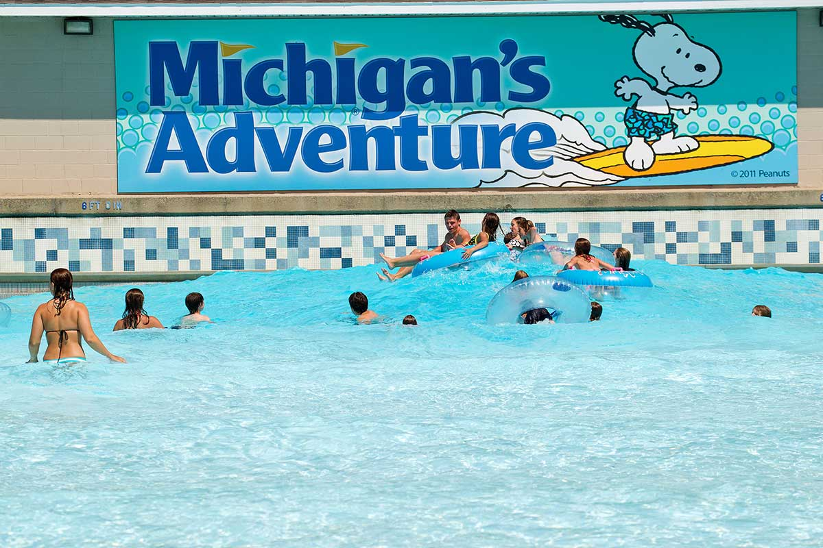 Michigan's Adventure WavePool