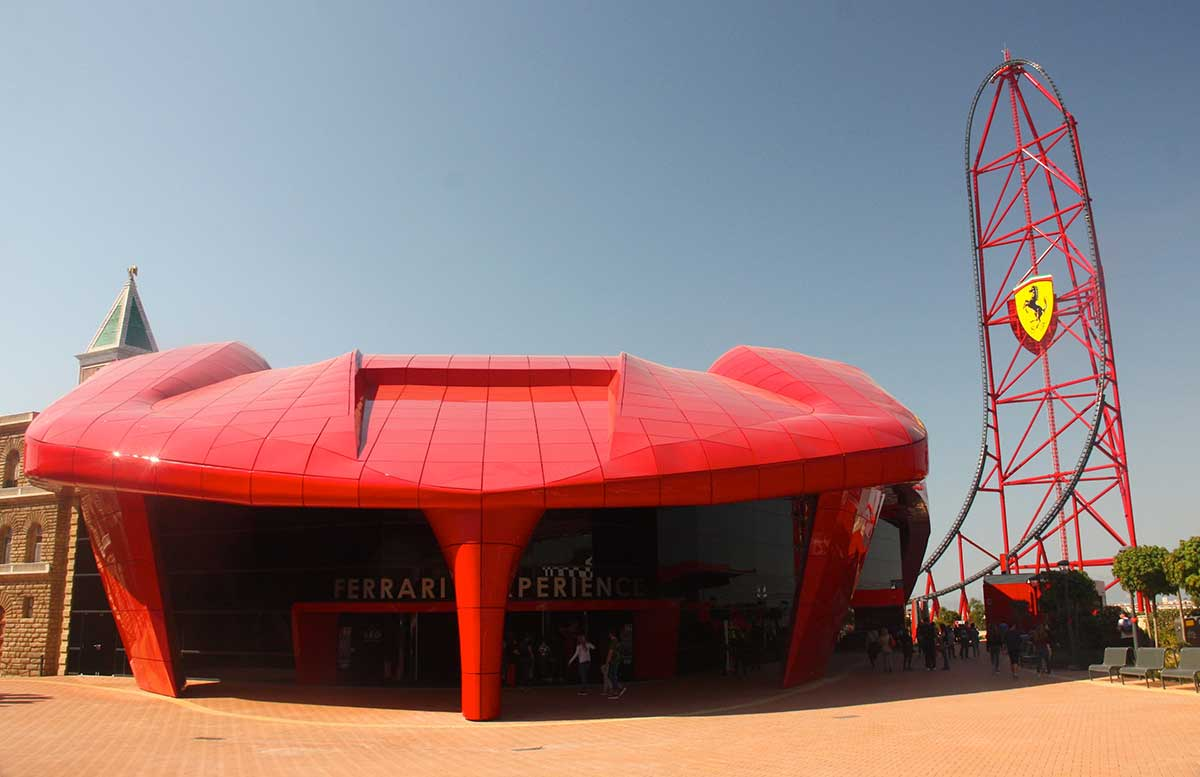 ferrari experience land red force