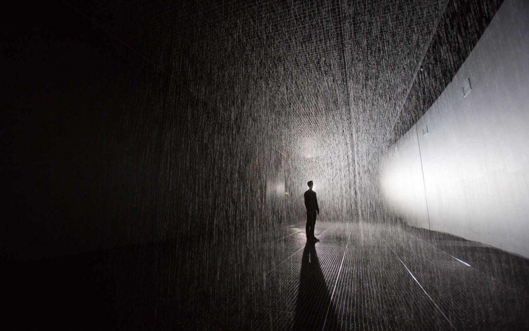 Artist warns of health risks as fake Rain Rooms spring up across China
