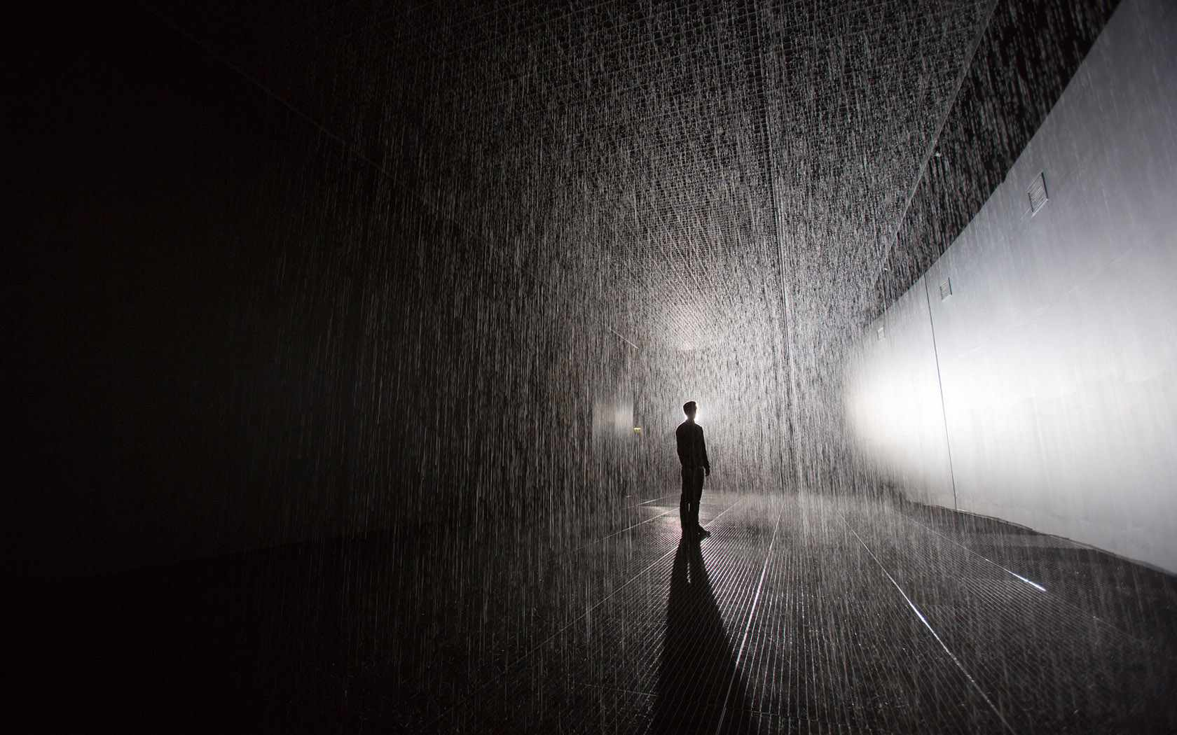 Artist warns of health risks as fake Rain Rooms spring up across China