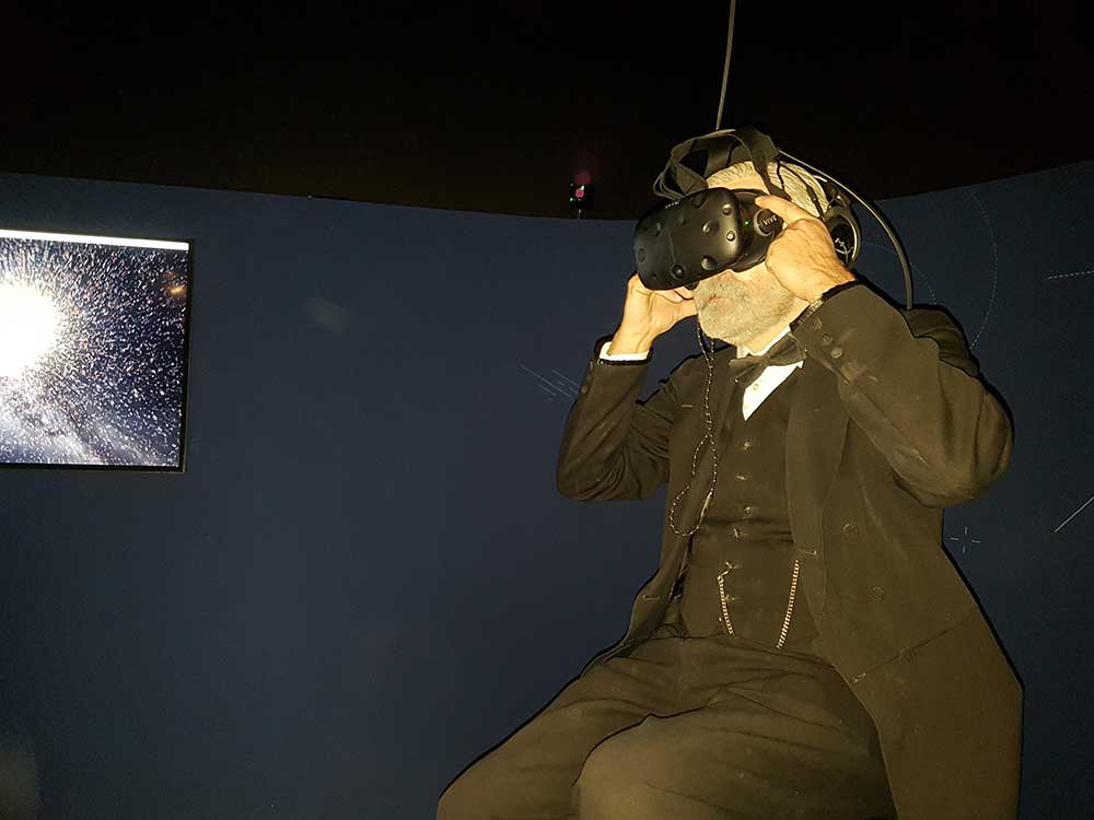 nobel tried VR