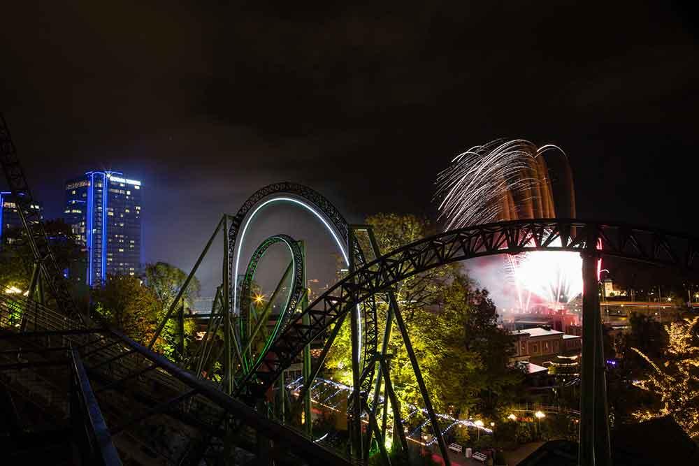 rollercoaster dark track