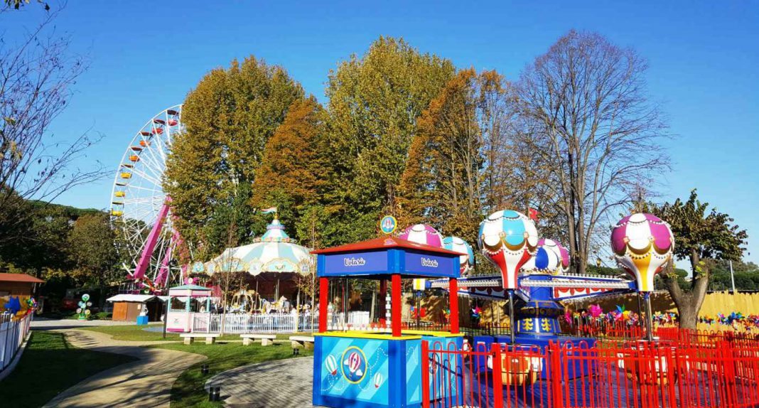 EOS Rides provides family spinning coaster and more to Rome's Luneur theme park