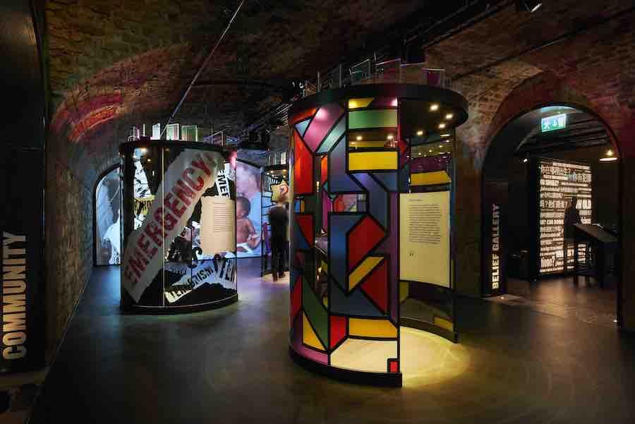 epic irish emigration museum display