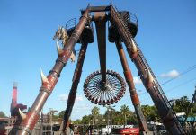 intamin'sgoliath gyro swing debuts at adventure world perth