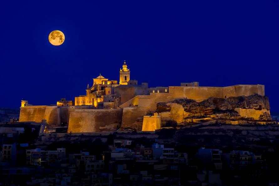 Sarner celebrates as Gozo's Cittadella named 'Entertainment Venue of the Year'