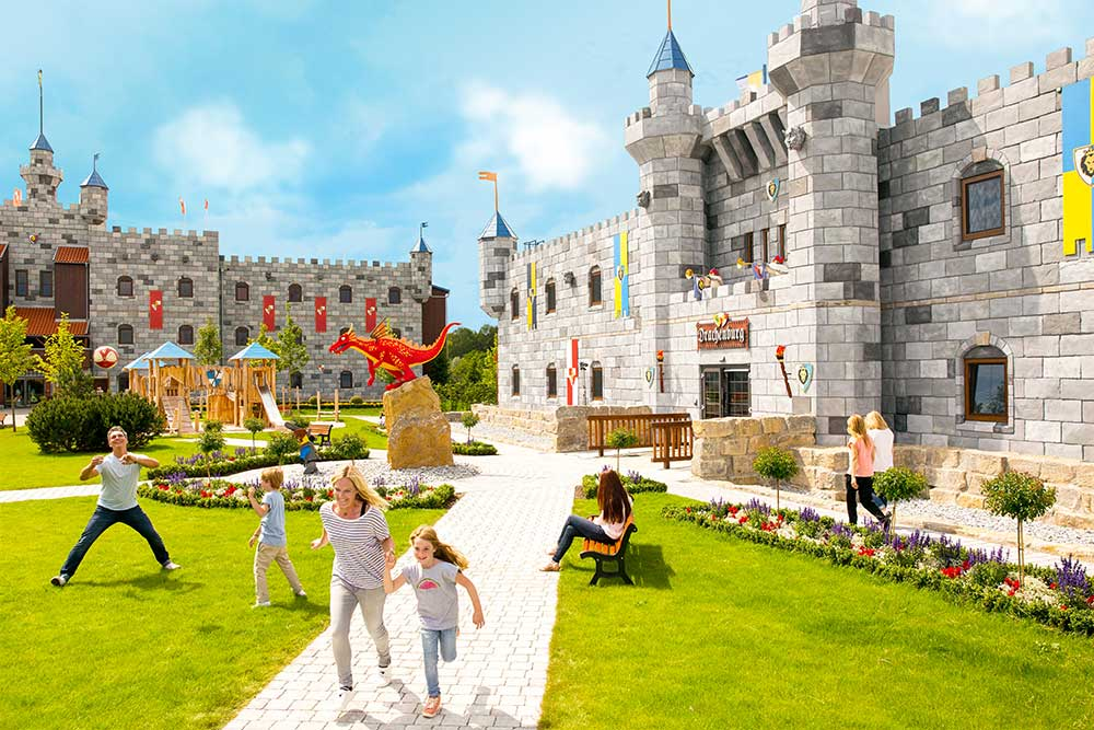 LEGOLAND Billund announced Slotshotel for 2019