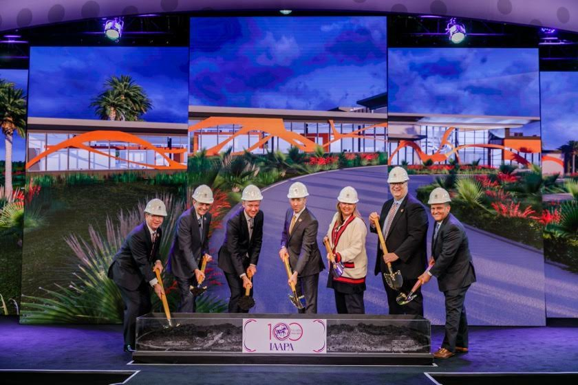 new office ceremony for iaapa in orlando iae17
