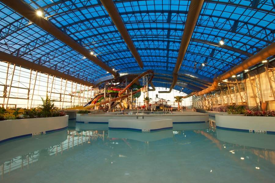 OpenAire-EpicWaters-waterpoark indoor view a