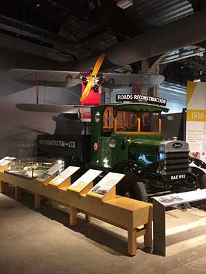 bus taxi aerospace bristol museum