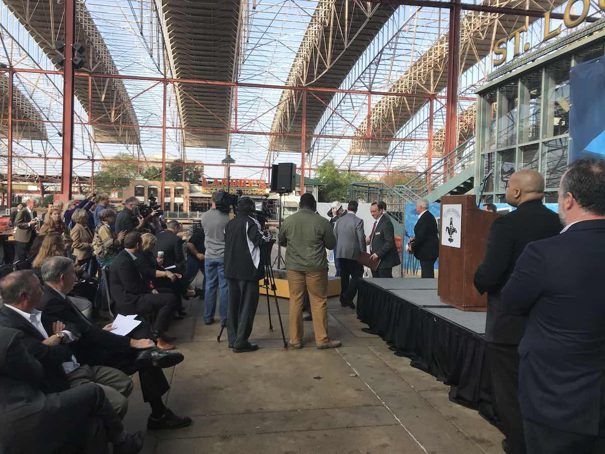 press st. louis aquarium at union station groundbreaking