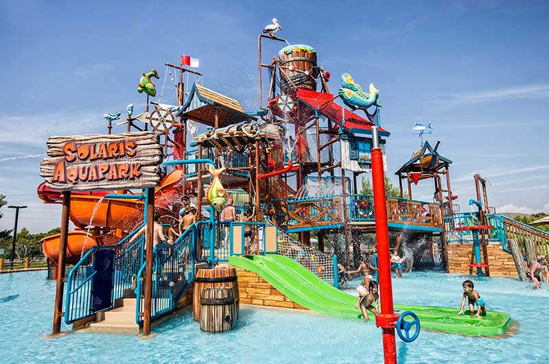aquaplay rain fortress solaris aquapark whitewater