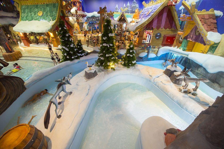 Christmas decorations at Plopsaqua De Panne. Plopsaland De Panne, Plopsa Indoor Hasselt