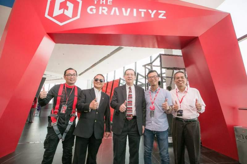 the gravityz team wearing kanopeo gear komtar penang