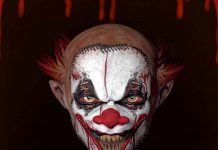 horror clown face grusel clown dark ride prater theme park