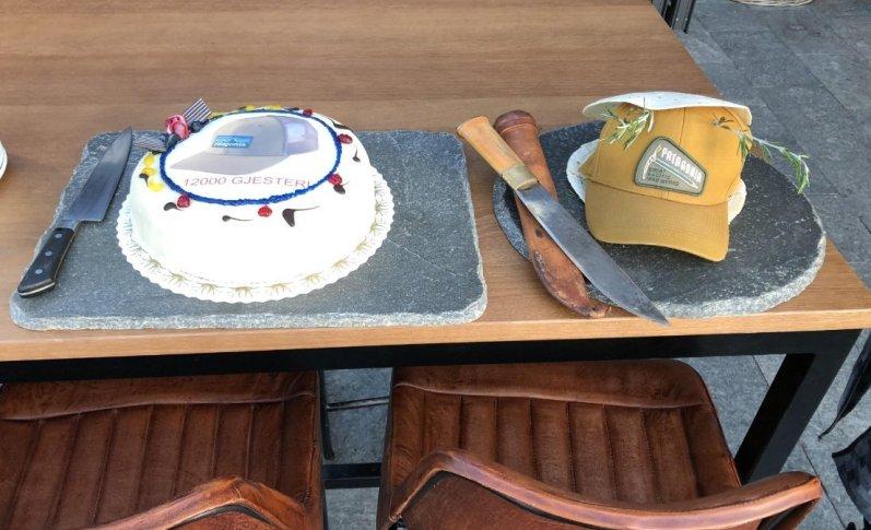 cake decorated with cap hoyt & lavt aerial adventure park