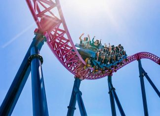 dc rivals hypercoaster warner bros movie world village roadshow a