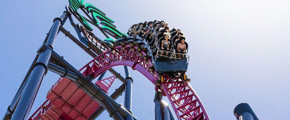 dc rivals hypercoaster warner bros movie world village roadshow theme parks (1)