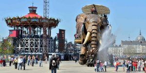 Giant elephant by les machines de l'ile