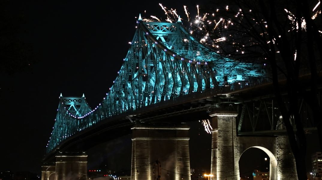 illuminations-jacques-cartier-bridge-by realisations-montreal