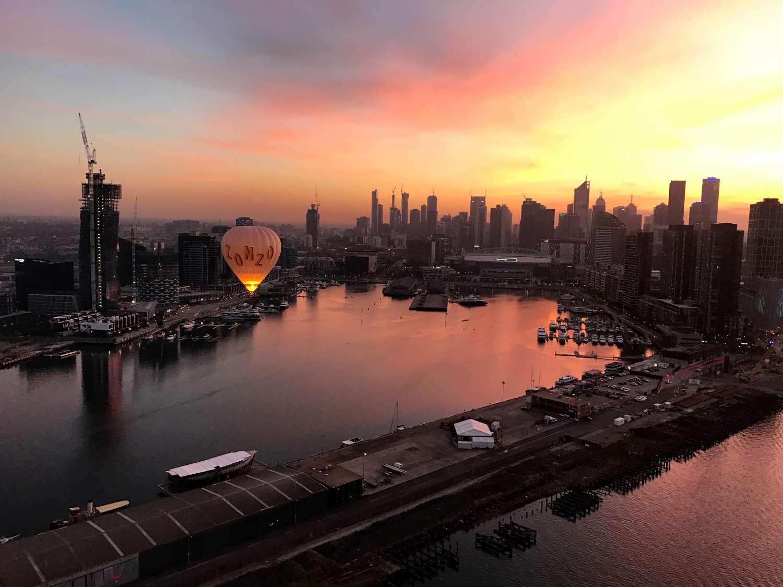 hot air balloon at sunset global ballooning australia