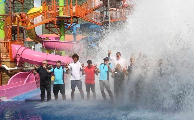 wet'n'wild haikou water park staff get a soaking