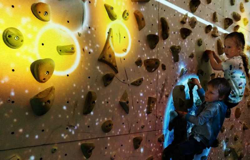 astromania clipnclimb - new challenges showcased at annual meeting