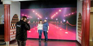 madame tussauds london meghan harry royal wedding experience wall