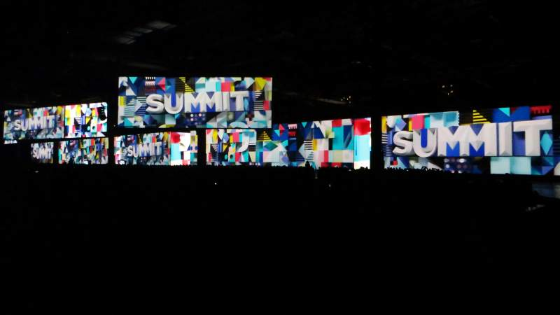 panoramic on-stage visuals powered by christie spyder x80 at adobe summit 2018