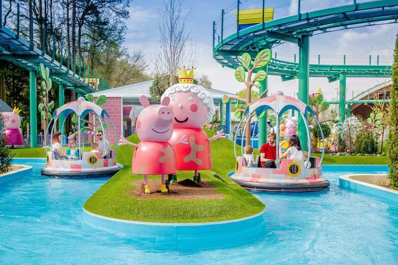 Family Rides Europe Peppa-Pig-World-Grampy-Rabbits-Sailing-Club-Paultons-Park-x