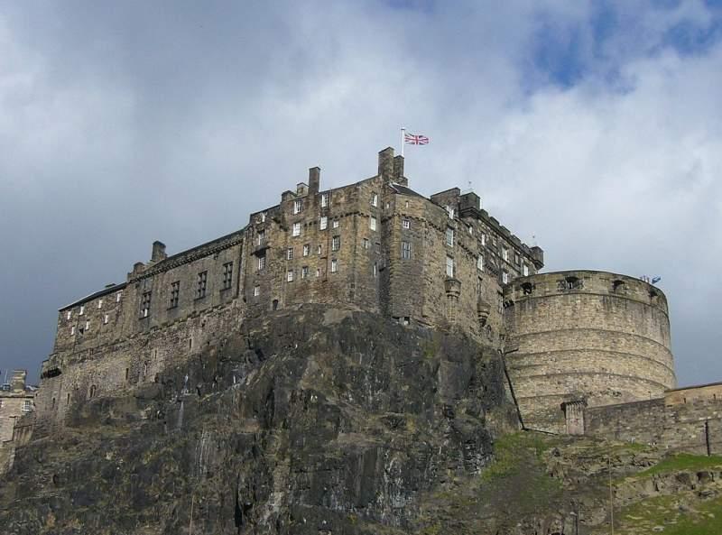 Edinburgh Castle geotourist
