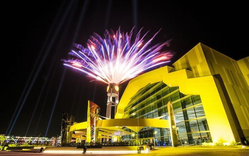 fireworks-warner-bros-world-abu-dhabi-x