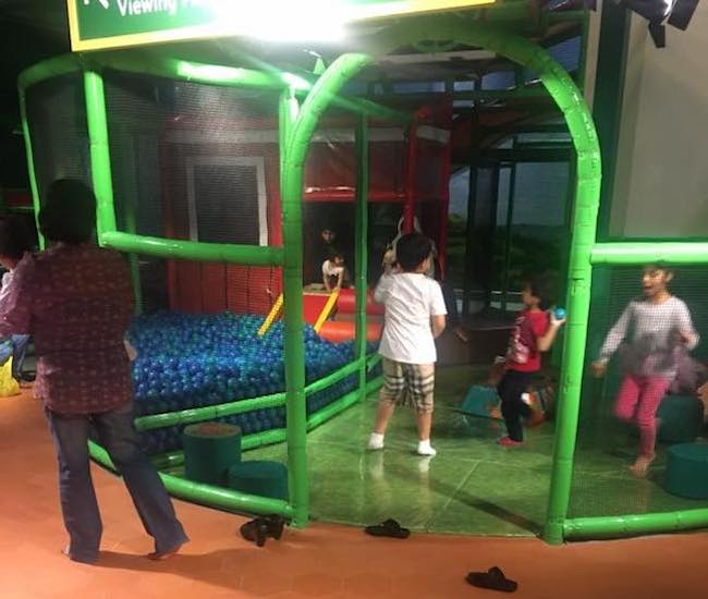 Kids playing at Mattel Play Town Duabi iPlayco