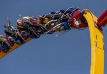 Six Flags Fiesta Texas Wonder Woman Golden Lasso coaster
