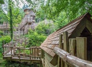 Brodick Castel adventure play structure capco