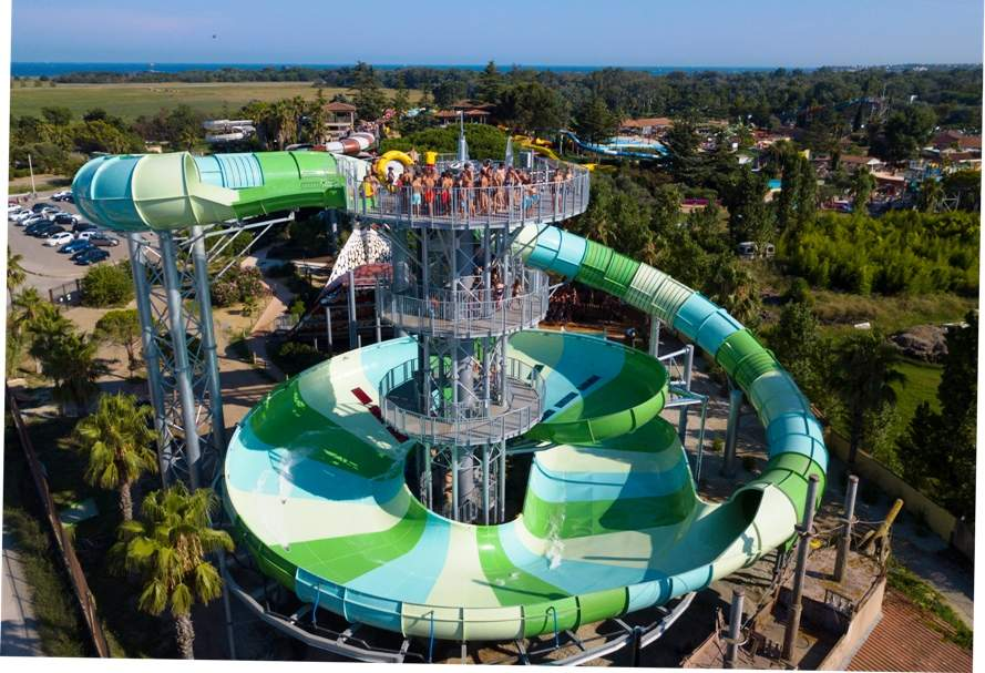 massive tower supporting storm racer waterslide aqualand frejus