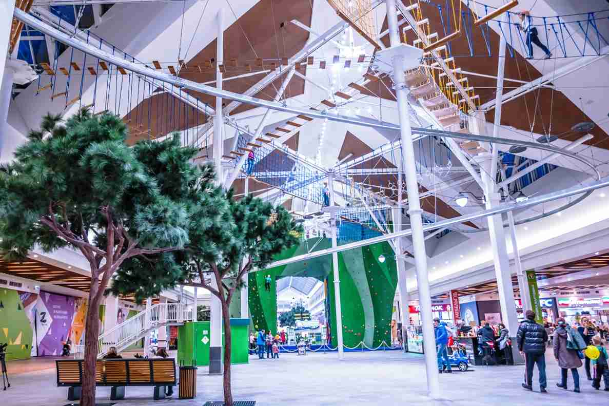 zelenopark by Walltopia active entertainment