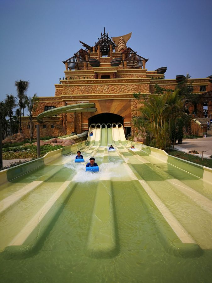 Atlantis-Sanya_Leap of Faith