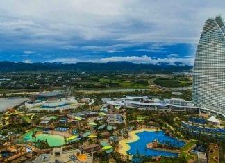 Atlantis-Sanya general view of hotel and waterpark