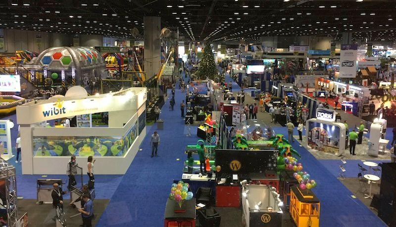 IAAPA_aerial-view-of-show-floor-by-Gateway