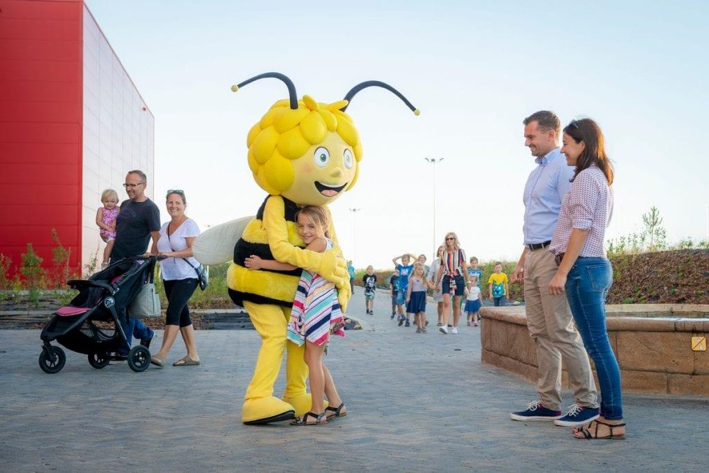 Majaland Kownaty welcome from Maja the Bee